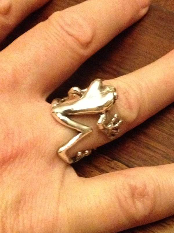 Frog-Ring-2-6---Emma-Keating-Jewellery