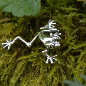 Frog-Small-2-1----Emma-Keating-Jewellery