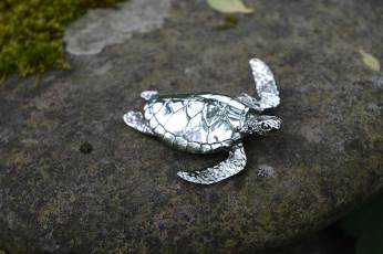 Green-Sea-Turtle-5---Emma-Keating-Jewellery
