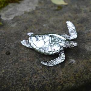 Green-Sea-Turtle-5---Emma-Keating-Jewellery
