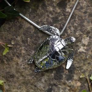 Green-Sea-Turtle-9---Emma-Keating-Jewellery
