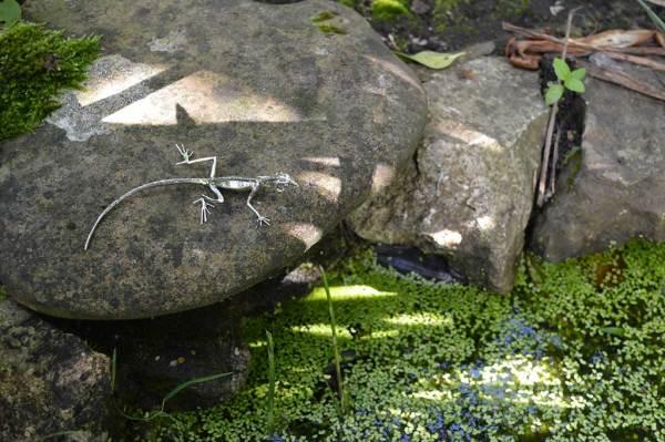 Lizard-Ornament-3---Emma-Keating-Jewellery