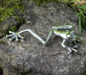 Tree Frog lg 5 - Emma Keating Jewellery