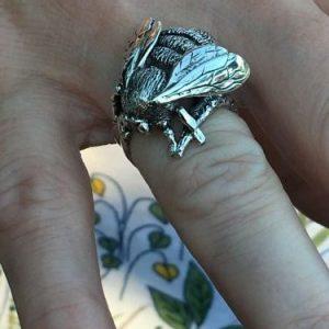 bumblebee-ring-1-Emma-Keating-Jewellery