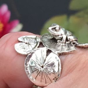 Frog Lilypad Ring - Emma Keating Jewellery
