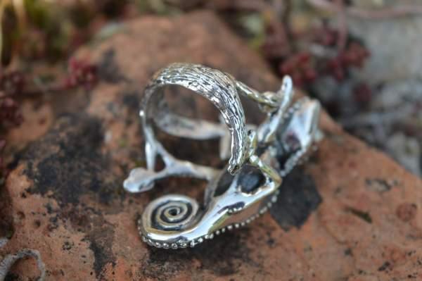 Chameleon RIng underside s - Emma Keating Jewellery