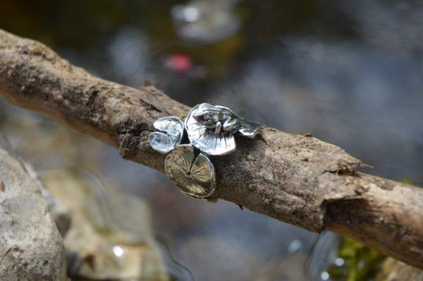 Frog&Lilypad Ring 2s - Emma Keating Jewellery