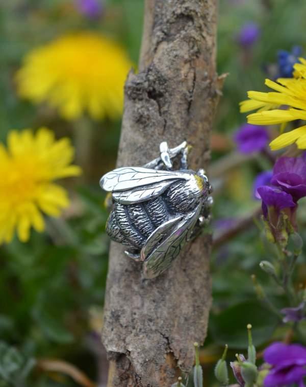Queen Bee RIng 7s - Emma Keating Jewellery