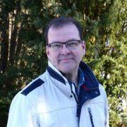 Pekka Närhinen suosittelee Emma Lindqvistiä eduskuntavaaleissa 2019