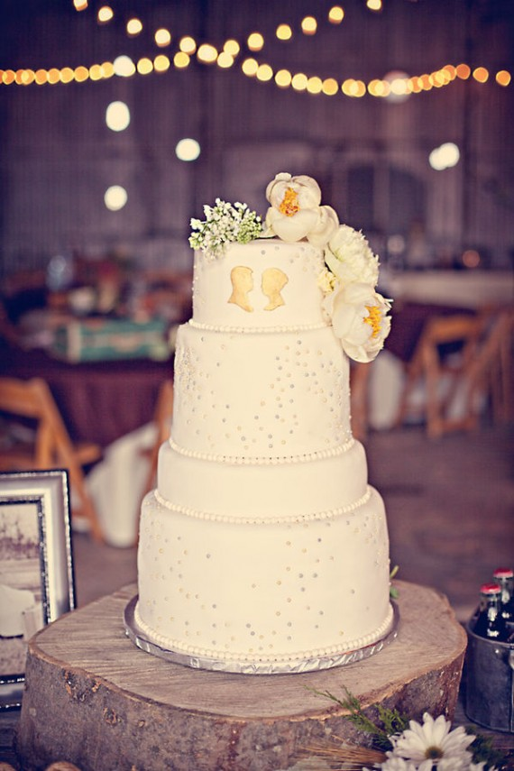 rustic wedding cake 3