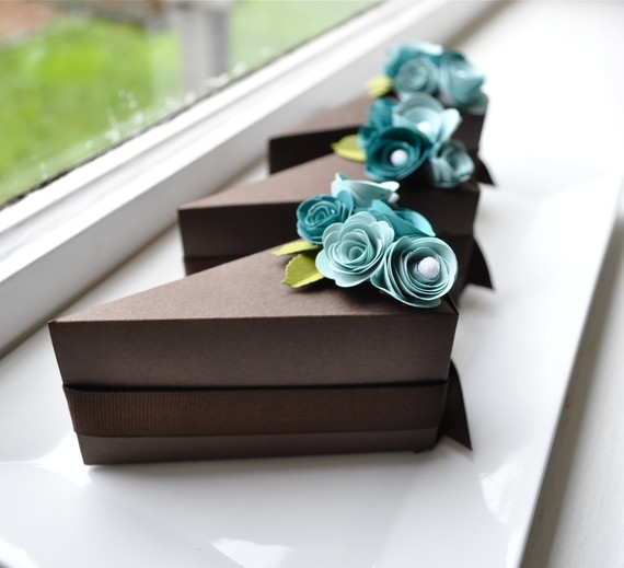 cake favor boxes
