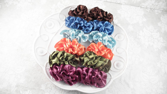 bridesmaid ruffle shoe clips set in various colors