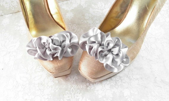silver ruffle shoe clips