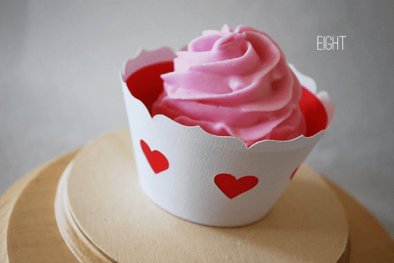 queen of hearts cupcake wrappers