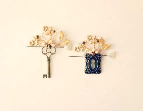 keyhole boutonniere