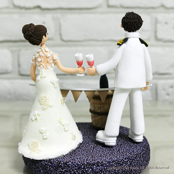 wine cake topper back