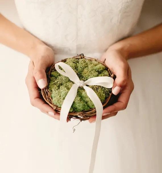 moss wedding ideas - ring bearer nest pillow