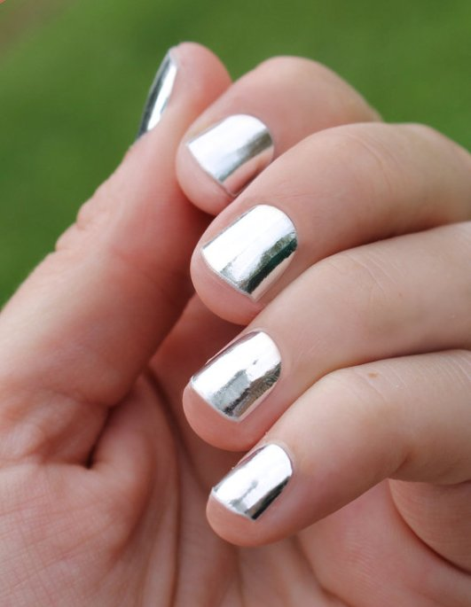 silver-nail-wraps-1