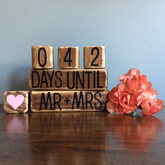 Gifts For Newly Wed Couple: Gift Ideas For Newly Engaged Couple