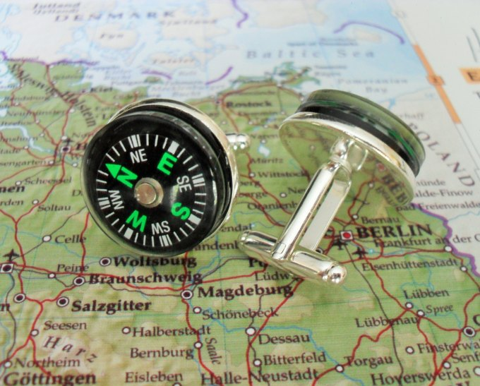 working compass cufflinks by BjeweledVintage