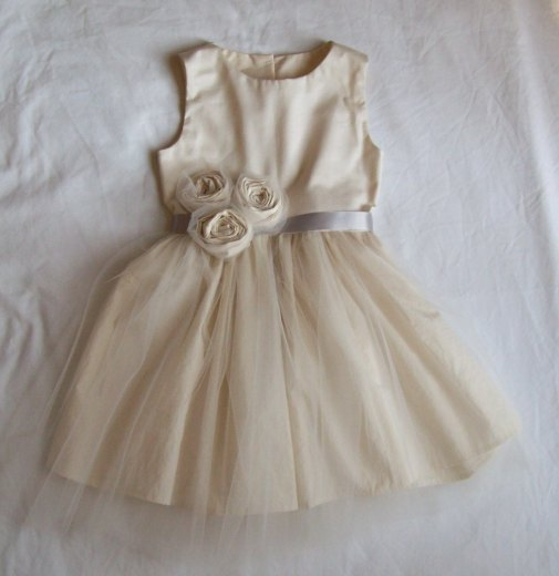 cute vintage style flower girl dress