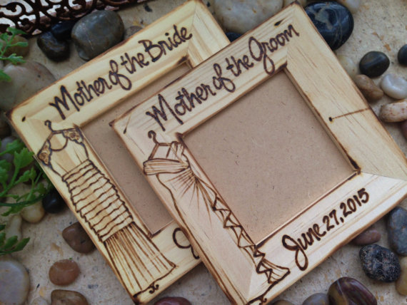 Proper Etiquette For Wedding Gifts: 15 Gift Ideas For Future In-Laws -- Wedding Etiquette