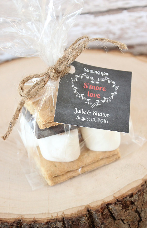 17 Edible Wedding Favors Your Guests Will Absolutely Love