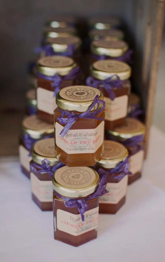 beautiful jelly jar favors