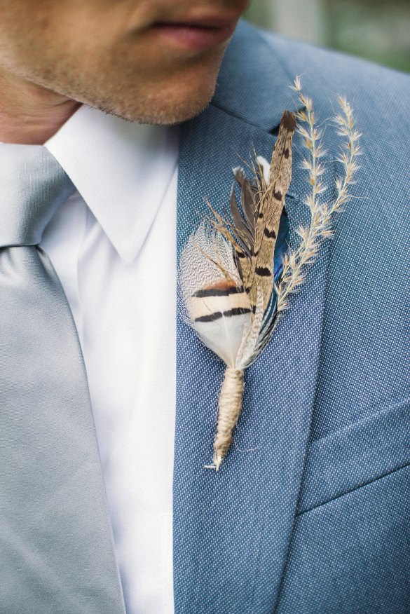 most unique boutonniere ideas // via http://emmalinebride.com/groom/21-unique-alternative-boutonniere-ideas