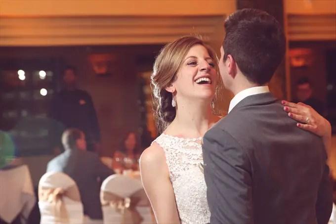 international_banquet_center_wedding_detroit_couple_dancing Downtown Detroit Wedding - http://emmalinebride.com/real-weddings/a-beautiful-downtown-detroit-wedding-nick-jeannine/ | Michigan wedding photographer - The Camera Chick