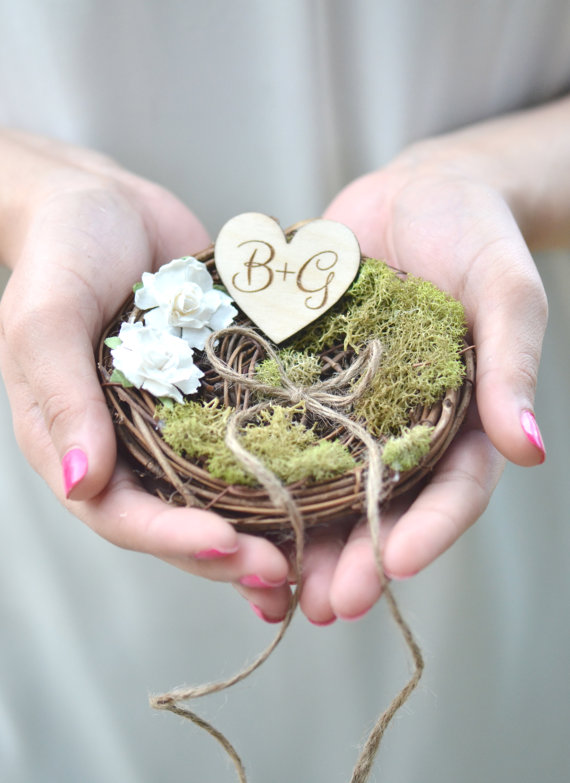 rustic ring pillow nest | 41 Beautiful Rustic Ring Pillows Etsy | http://emmalinebride.com/rustic/ring-pillows-etsy-weddings/