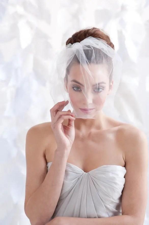 5 Glamorous Birdcage Veils for Brides