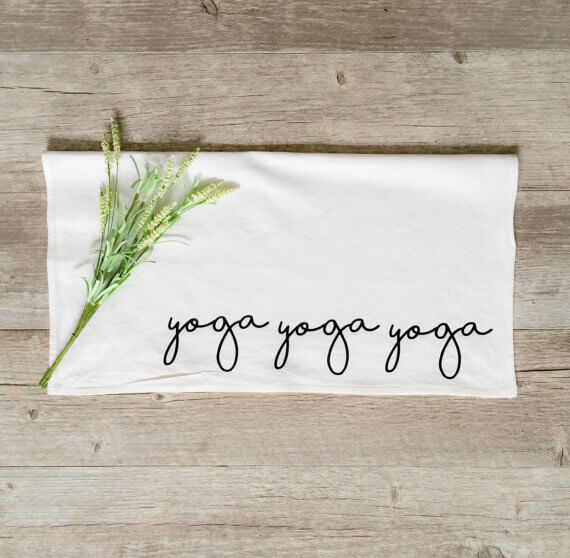yoga sweat towel | bridesmaid yoga pants, tank tops, gifts & more | http://emmalinebride.com/gifts/bridesmaid-yoga-pants-gifts/