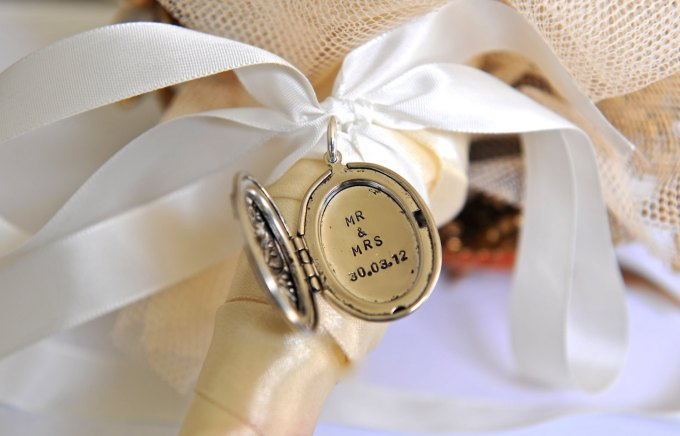 Gifts For Bride From Groom 15 Best Wedding Gift Ideas For Bride To Be