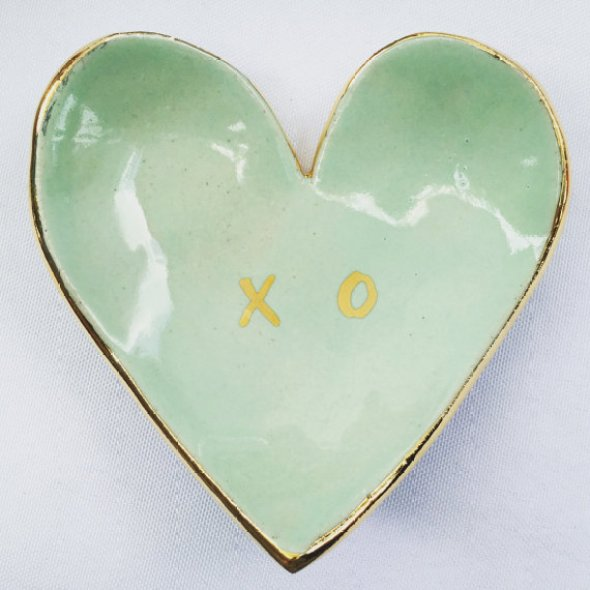 heart-shaped-ring-dish-xo