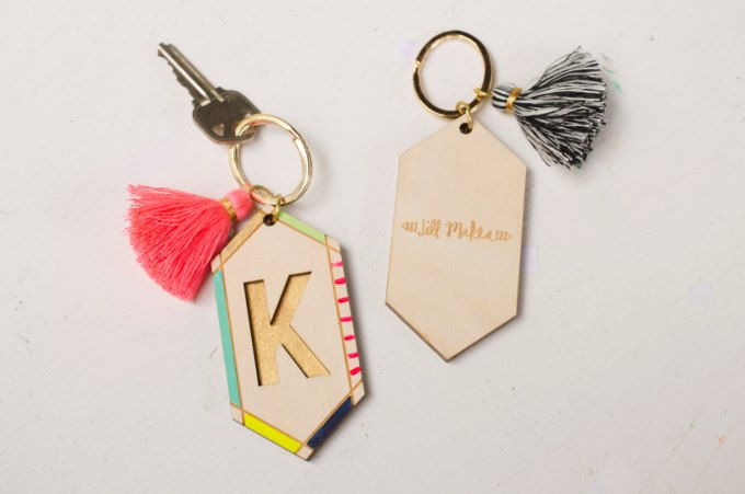 Tassel Keychains by JillMakes via 21 Festive Tassel Wedding Decorations & Accessories | http://emmalinebride.com/themes/tassel-wedding-decorations/