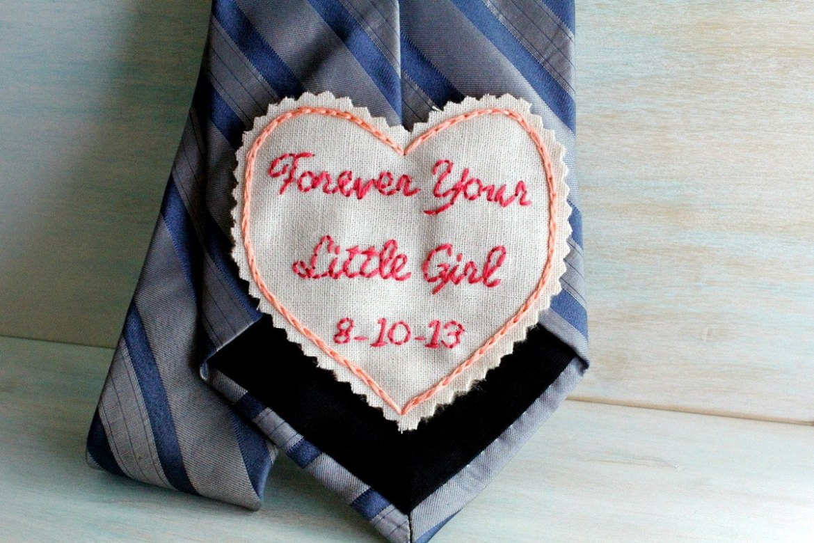 Such a cute gift idea! - Father of the Bride Tie Patch