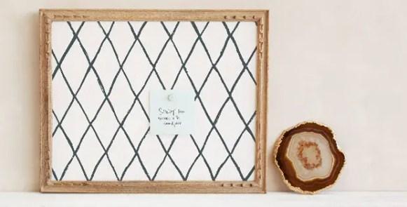 framed-pinboard