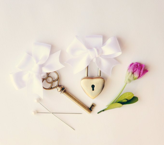 wedding-lock-and-key-pins-by-whichgoose-image