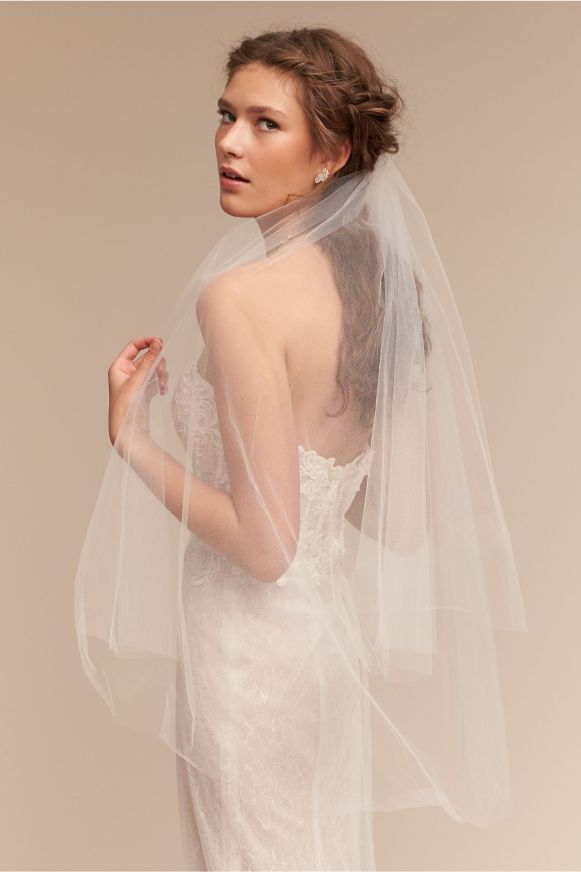 cirque-wedding-veil