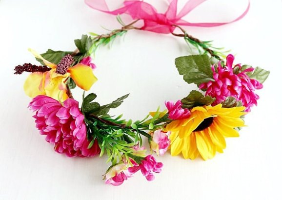To Buy Flower Hair Wreaths For Weddings Emmaline Bride Wedding Blog
