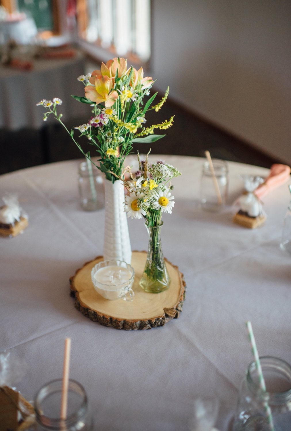 Wood slices for wedding centerpieces where to buy us87 for Buy wedding centerpieces