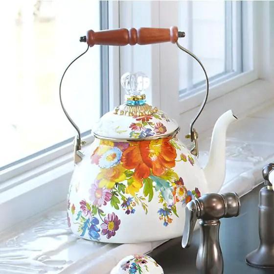 tea kettle flowers