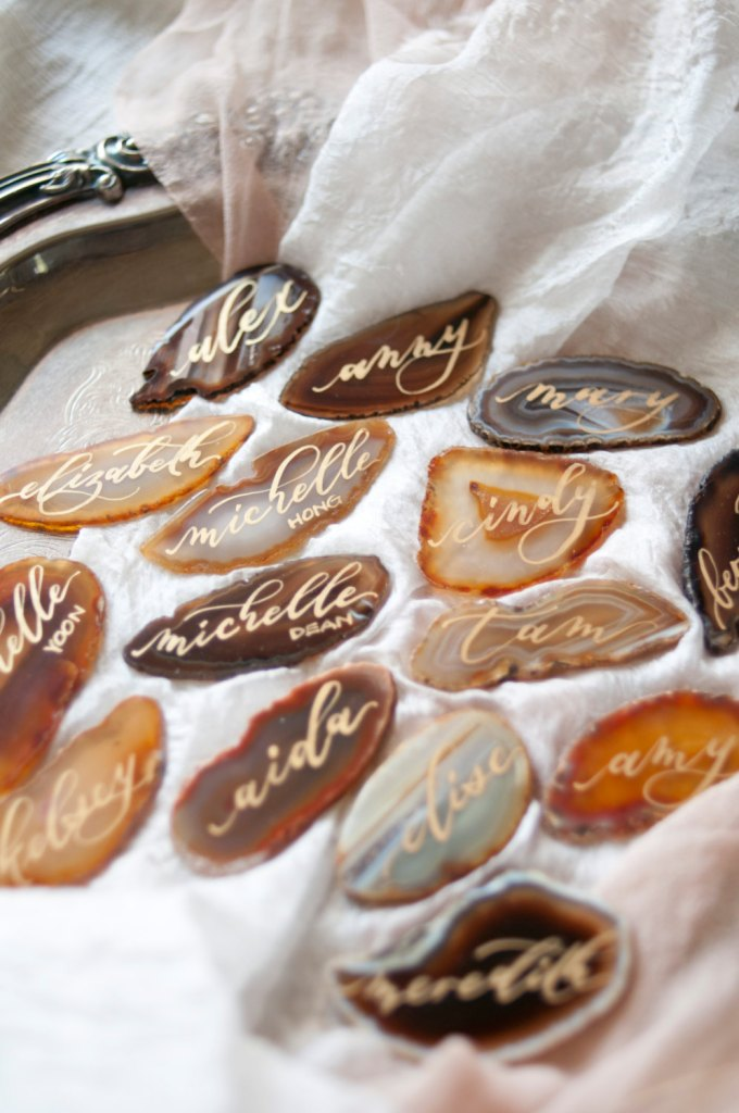 agate place cards by senimancalligraphy