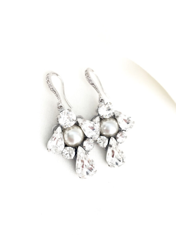 chandelier bridal earrings pearls