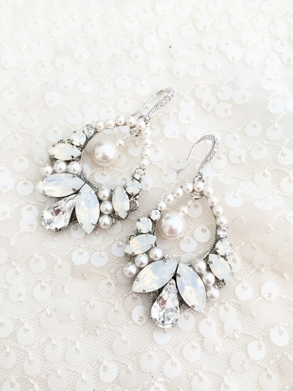 chandelier bridal earrings with pearls