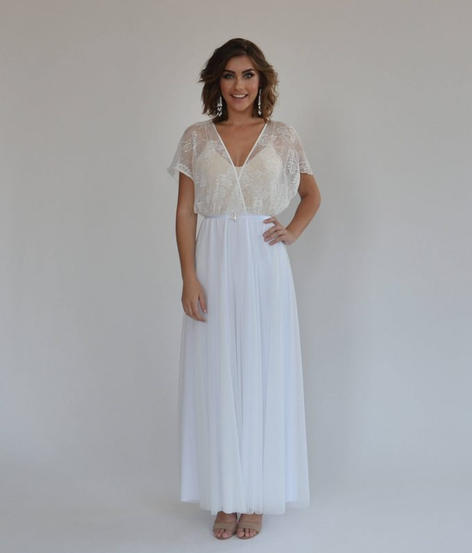 15 Most Romantic Bohemian Wedding Dresses   Emmaline Bride®