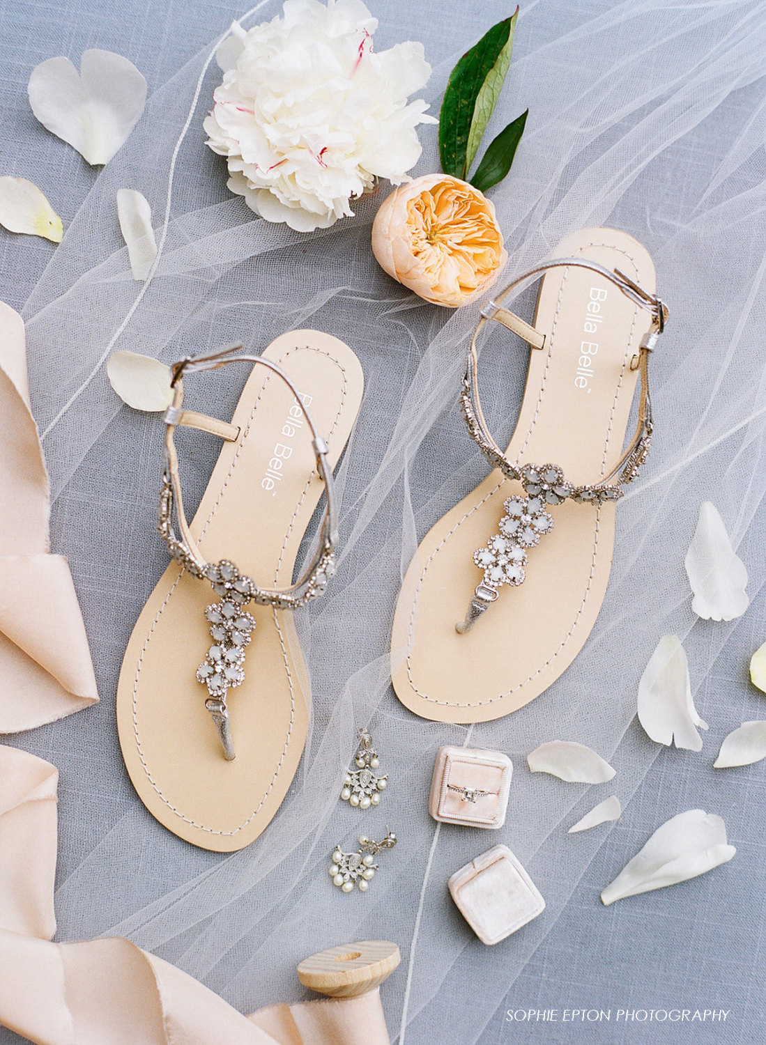24 beach wedding shoes that will make brides happy emmalinebride best beach wedding shoes for bride junglespirit Images
