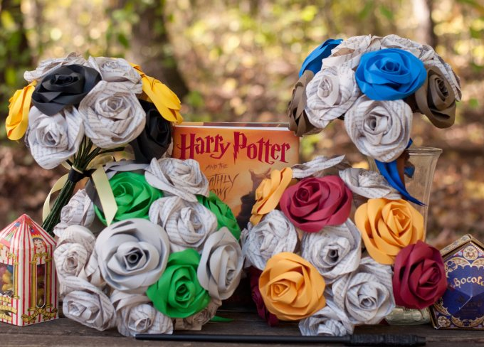 These Paper Roses Make The Most Beautiful Bouquets - BridalPulse