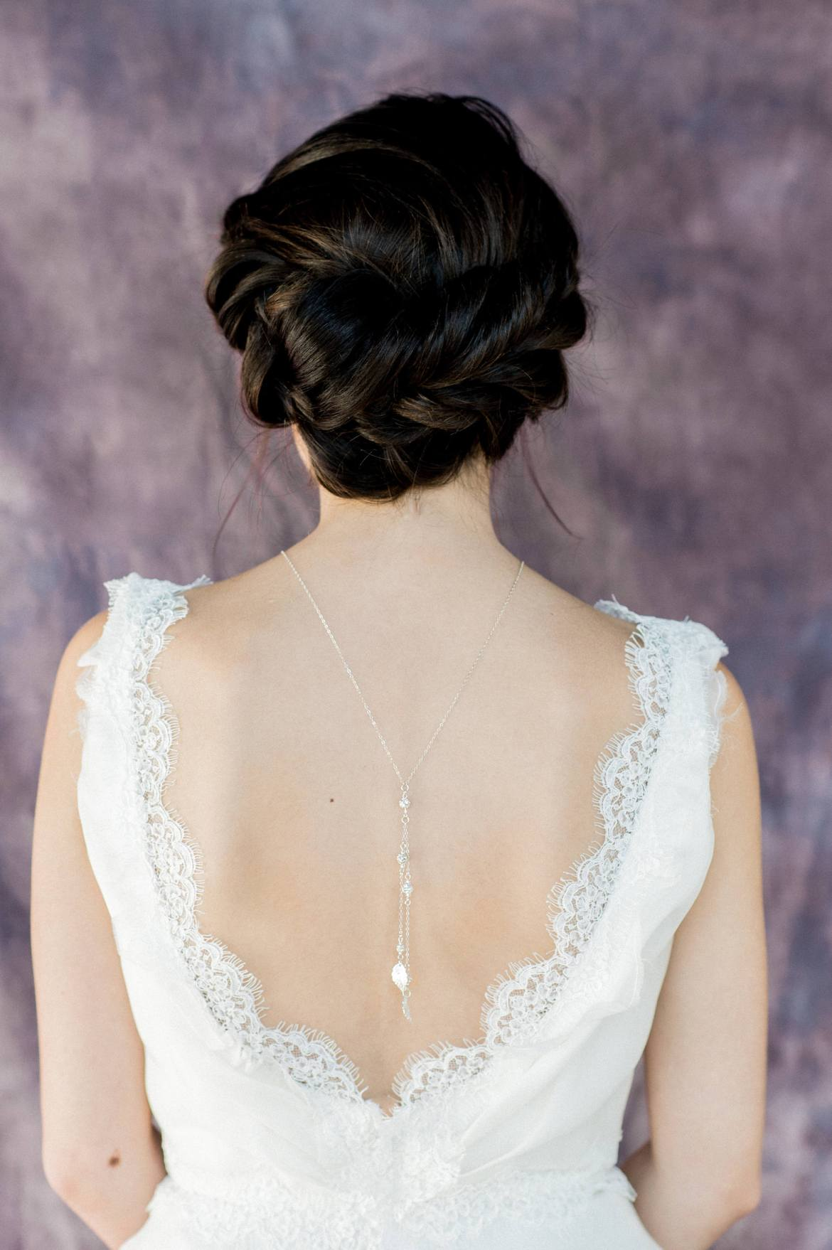 Back Necklaces: This Is The Hottest Trend for Weddings ...